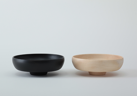 [ size: 140*51 | material: Wood | color: natural, black ]<br>Photographed by Tomoharu NISHIMURA
