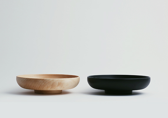 [ size: 180*51 | material: Wood | color: natural, black ]<br>Photographed by Tomoharu NISHIMURA